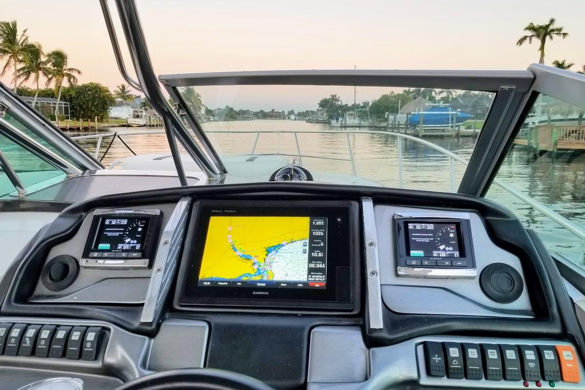 2014 Monterey 320 Sprot Yacht, 5