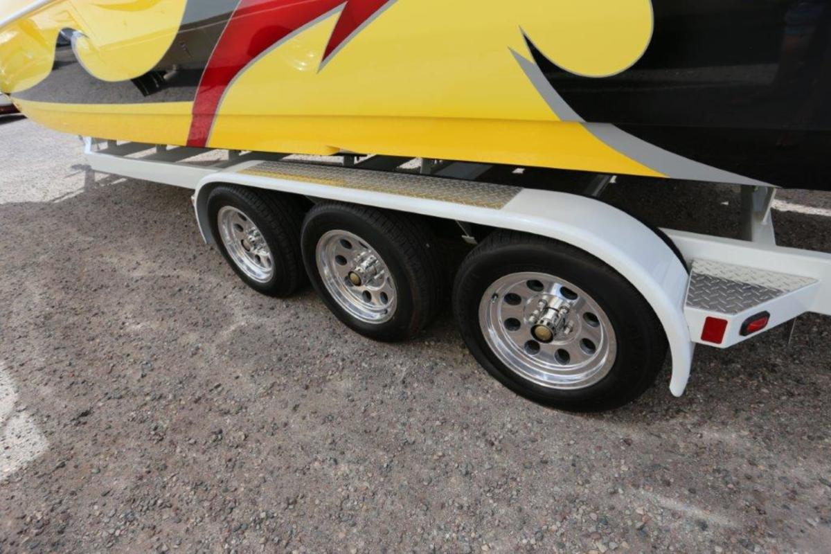 2006 Magic Powerboats Scepter, 6