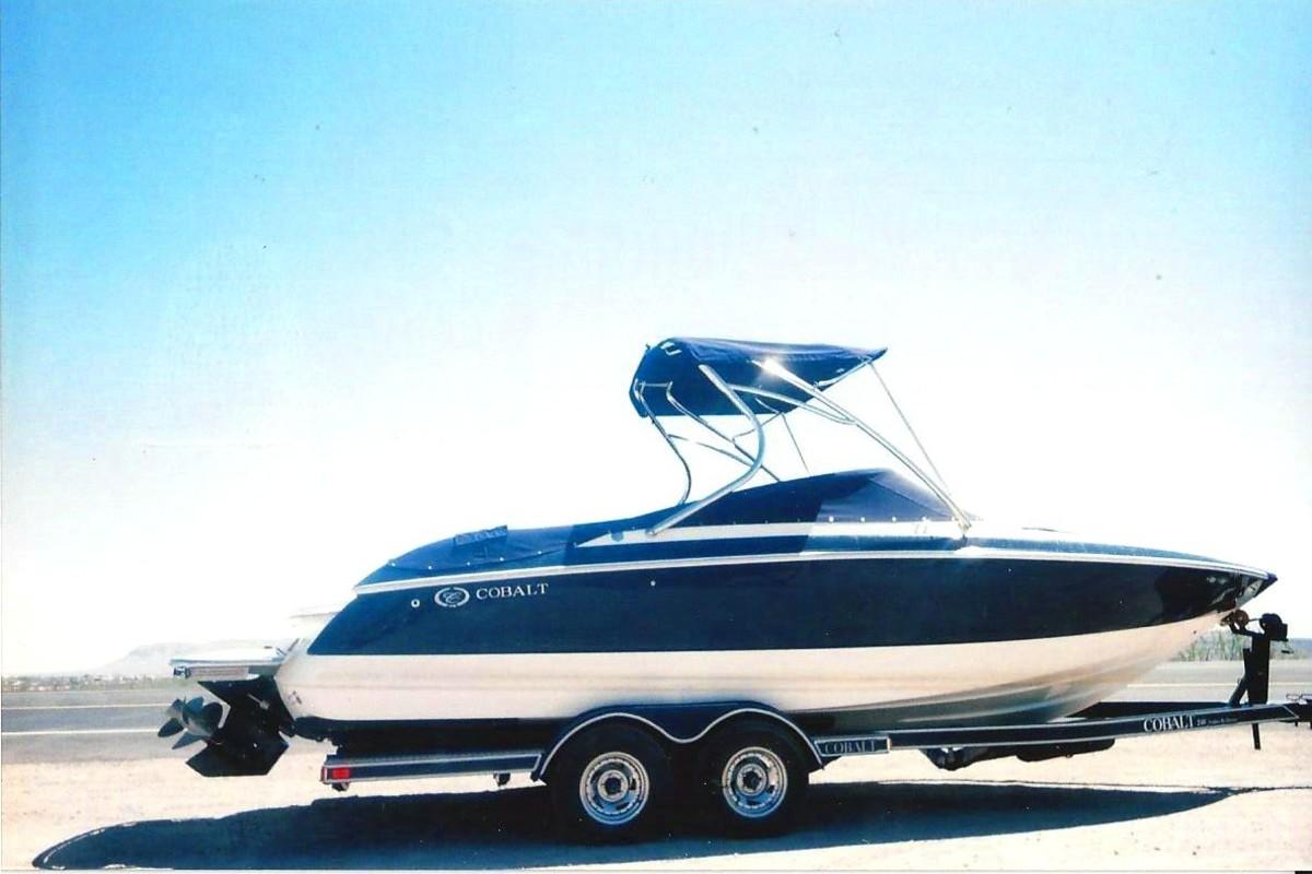 2006 Cobalt 240, 0