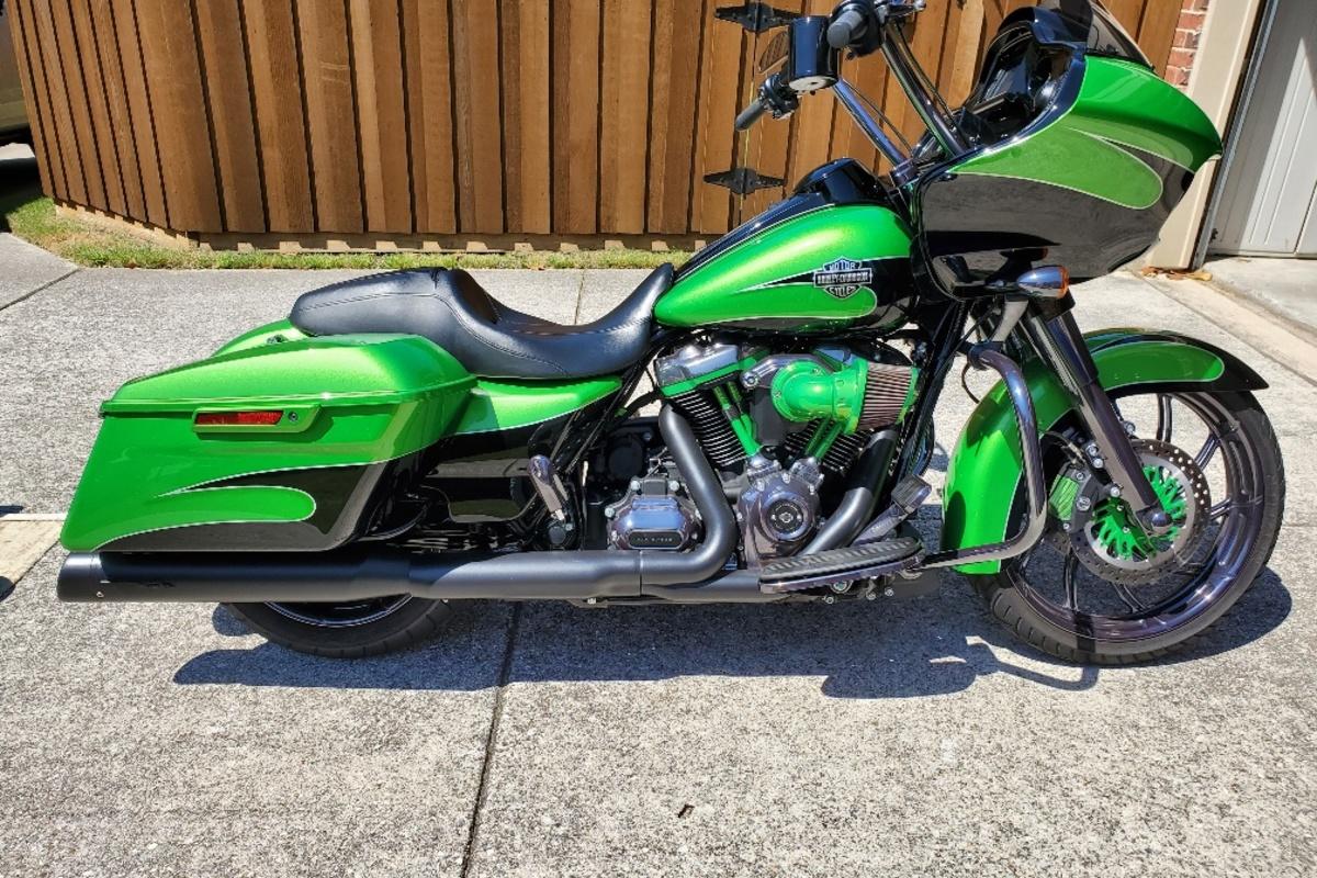 2017 Harley Davidson Road Glide Custom, 18