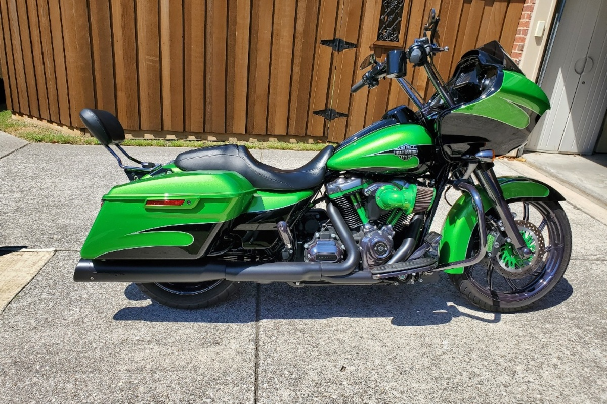 2017 Harley Davidson Road Glide Custom, 25