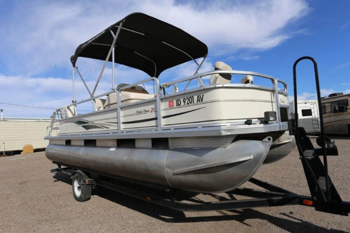 2004 Sun Tracker Signature Series Fishing Barge 21, 0
