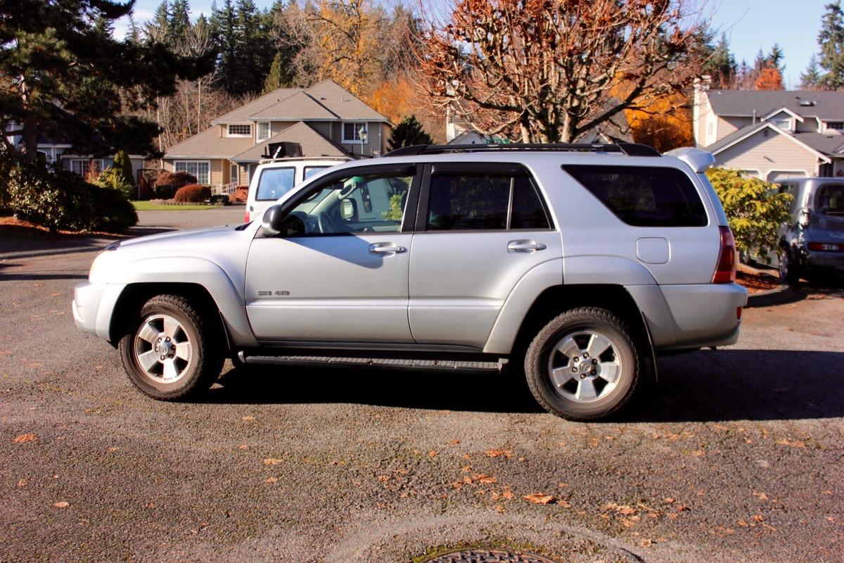 2005 Toyota 4Runner SR5, 1