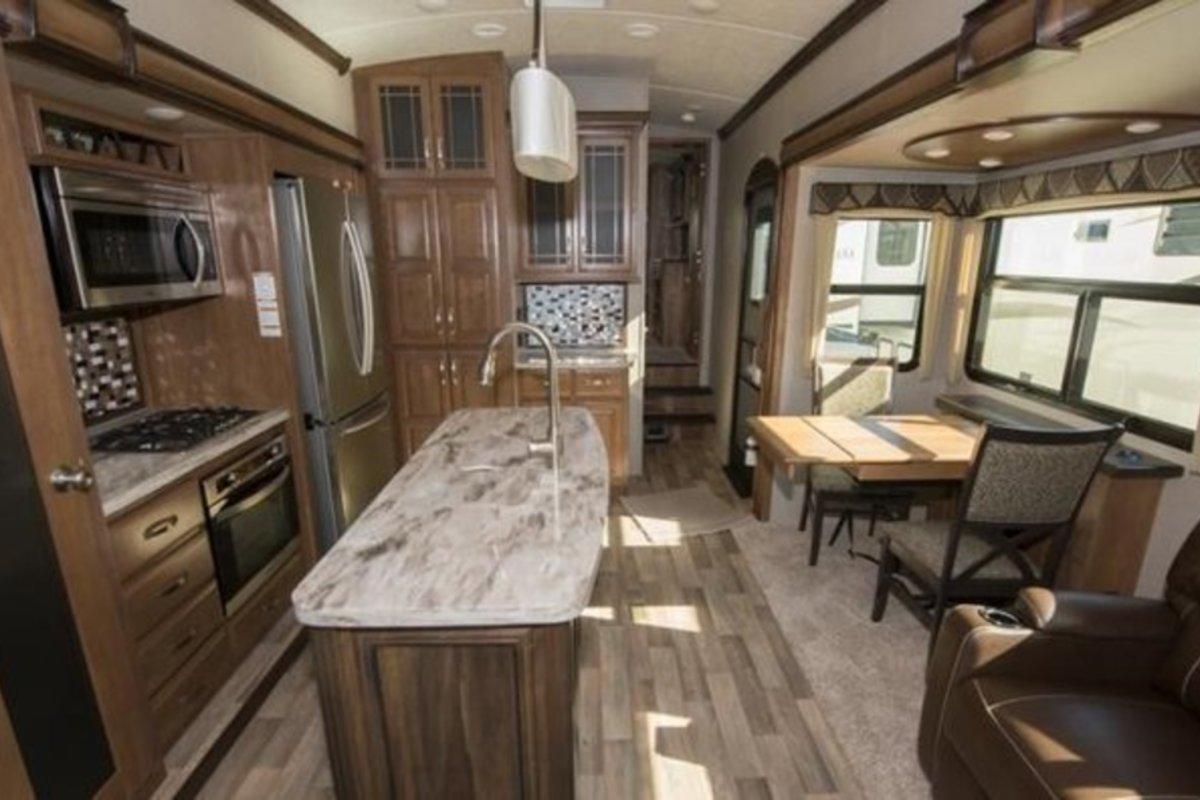 2017 Keystone Montana 3921FB, 5