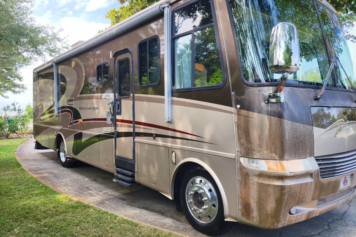2004 Newmar Mountain Aire 3504, 18