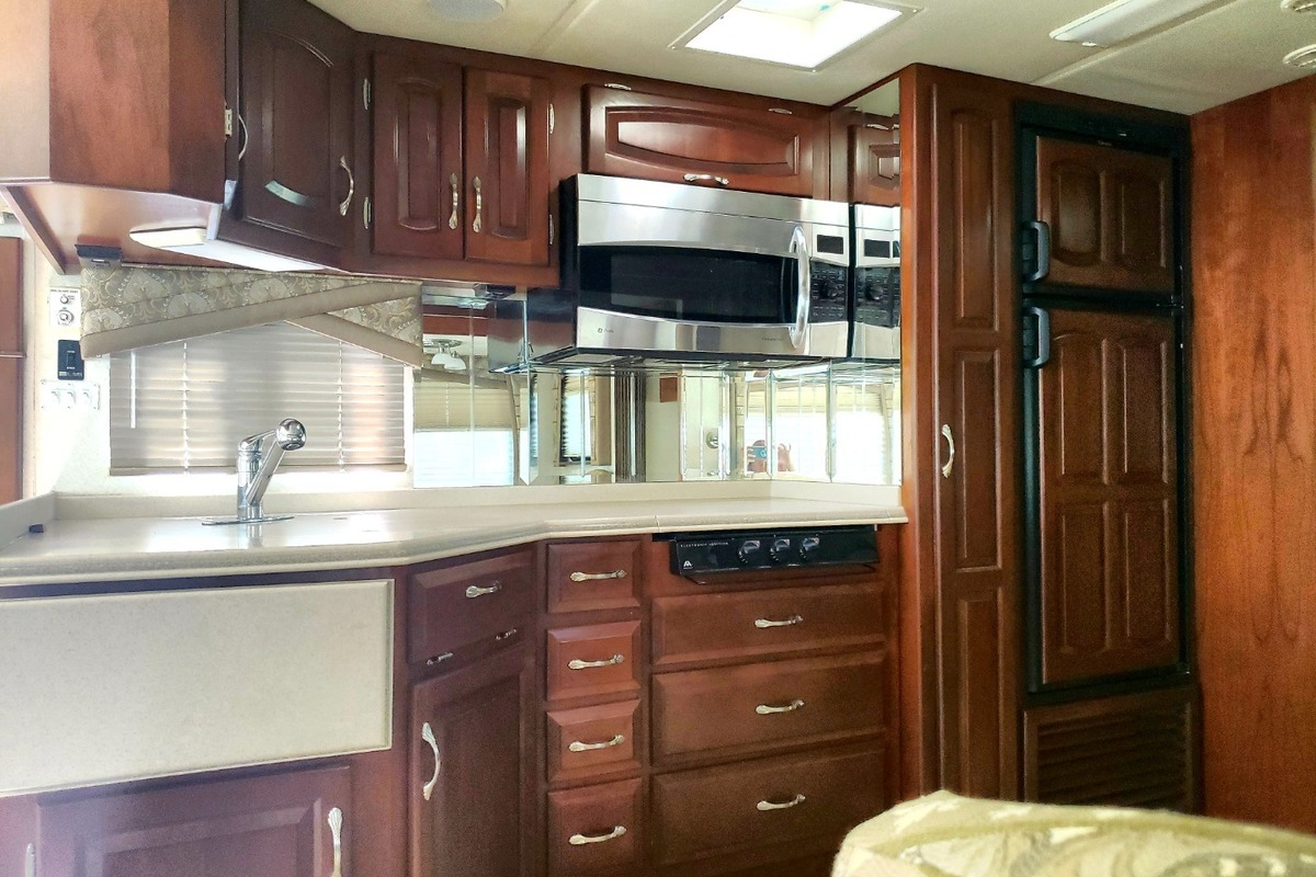 2004 Newmar Mountain Aire 3504, 10