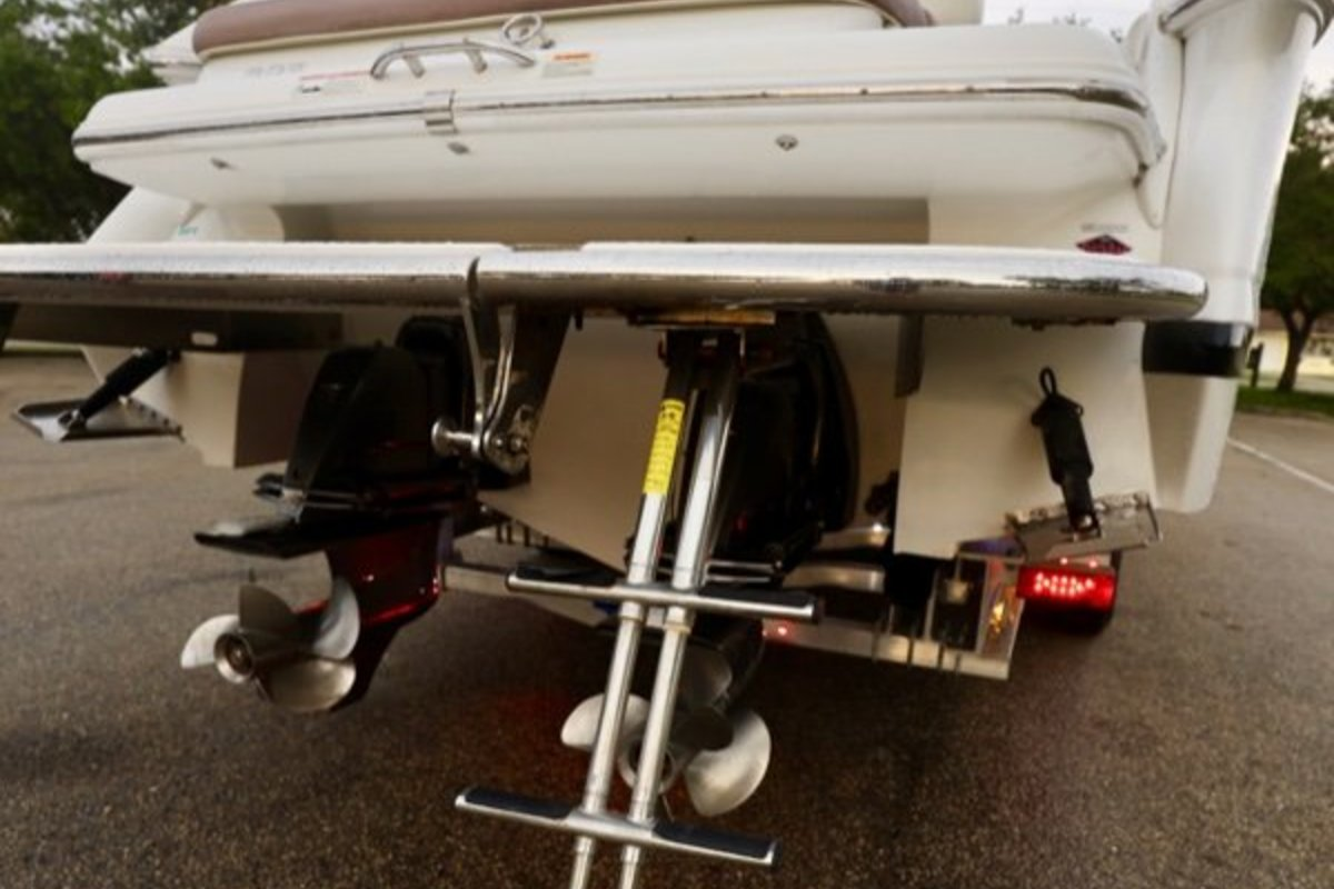 2013 Cobalt Boats 302 w/twin 380 hp Volvos with joystick and hardtop, 5