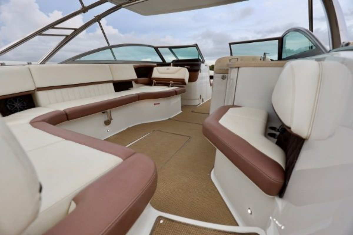 2013 Cobalt Boats 302 w/twin 380 hp Volvos with joystick and hardtop, 15