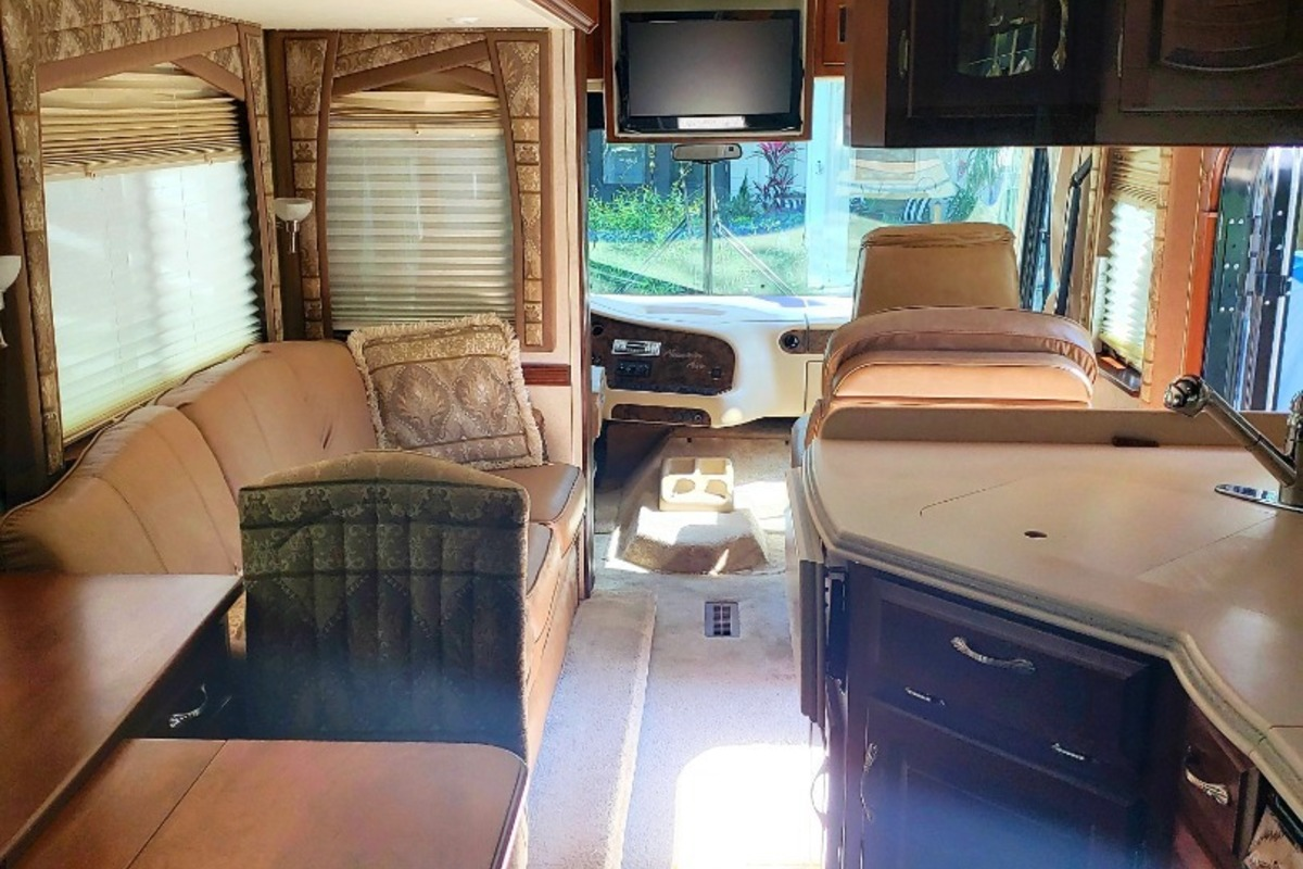 2004 Newmar Mountain Aire 3504, 1