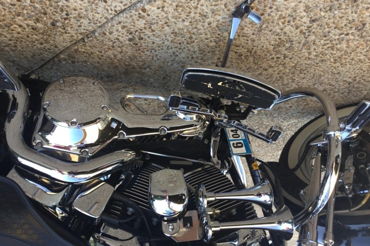 2003 Harley Davidson FLSTSI 100 Aniversary, 3