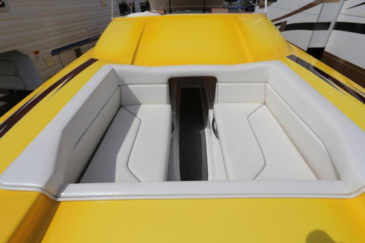 2006 Magic Powerboats Scepter, 16
