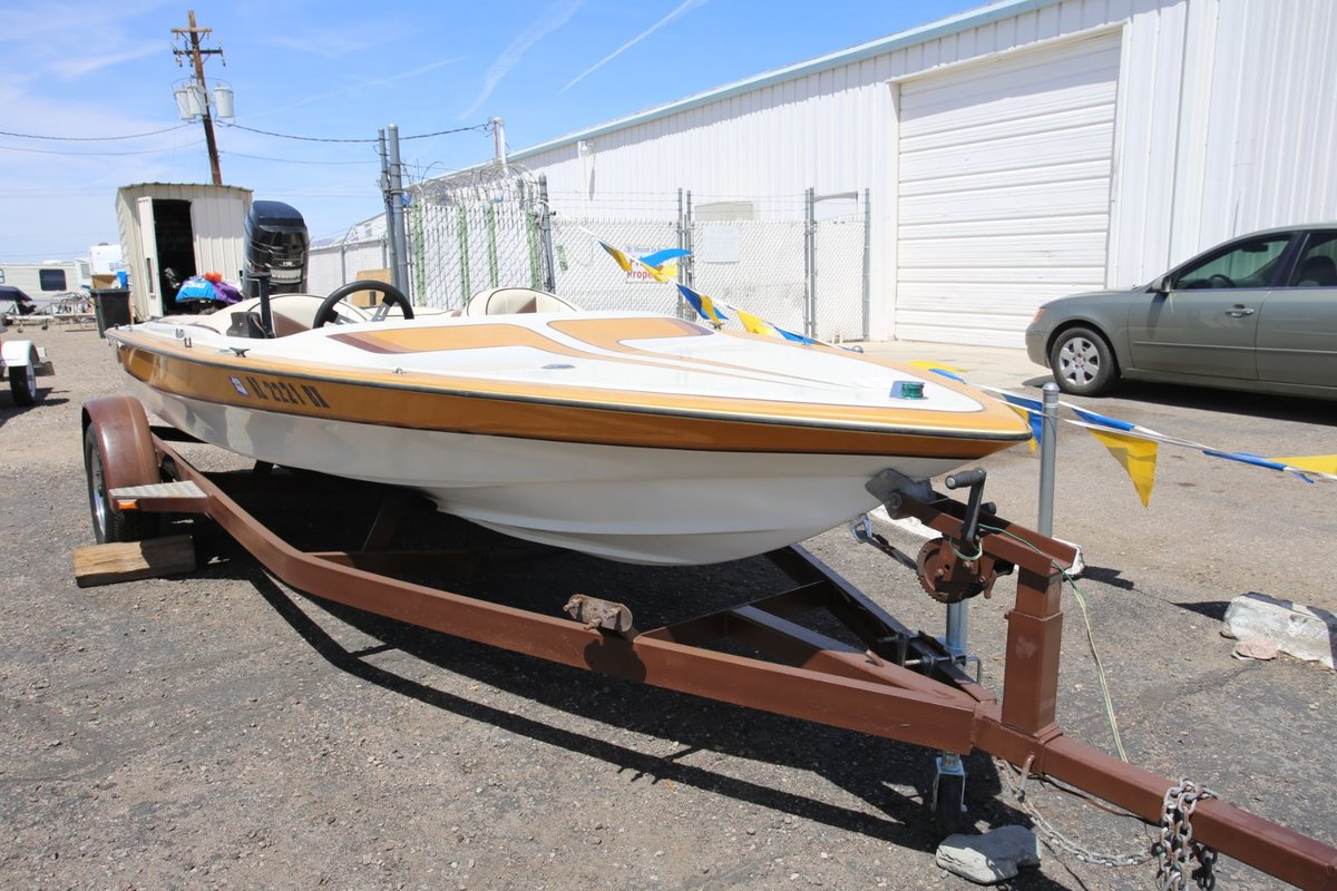 1986 Commander Boats BowRider 16, 2