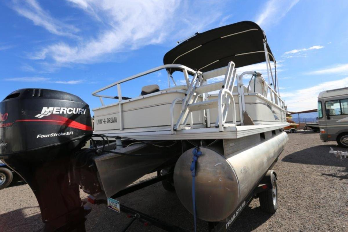 2004 Sun Tracker Signature Series Fishing Barge 21, 19