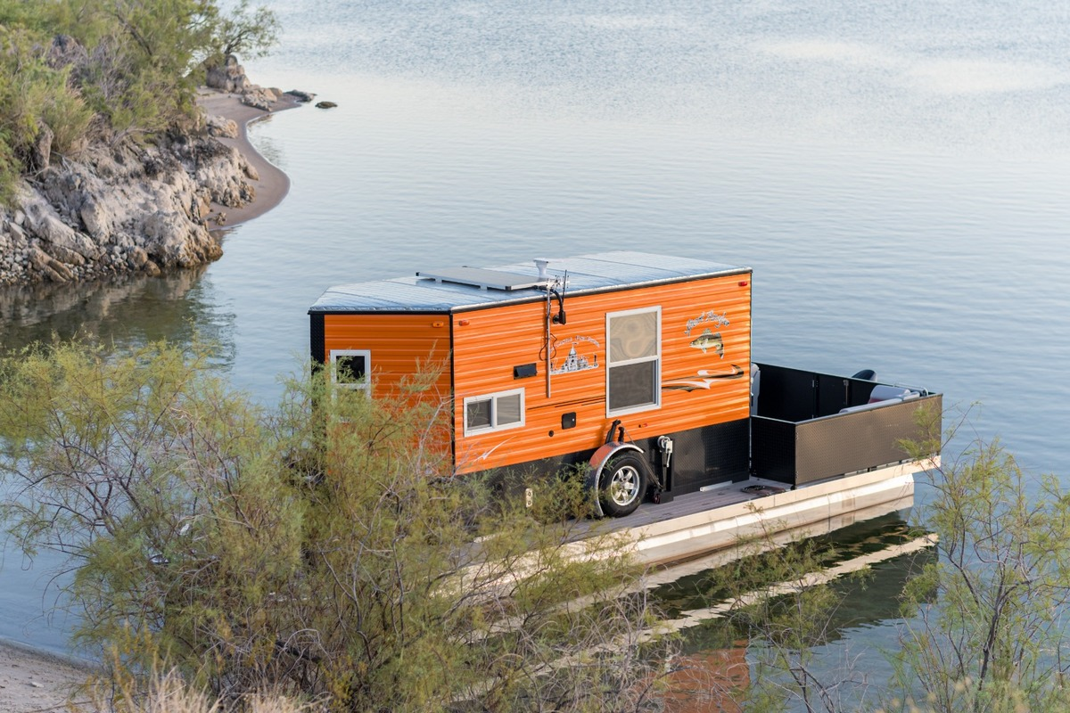2019 F&S Houseboats Custom, 14