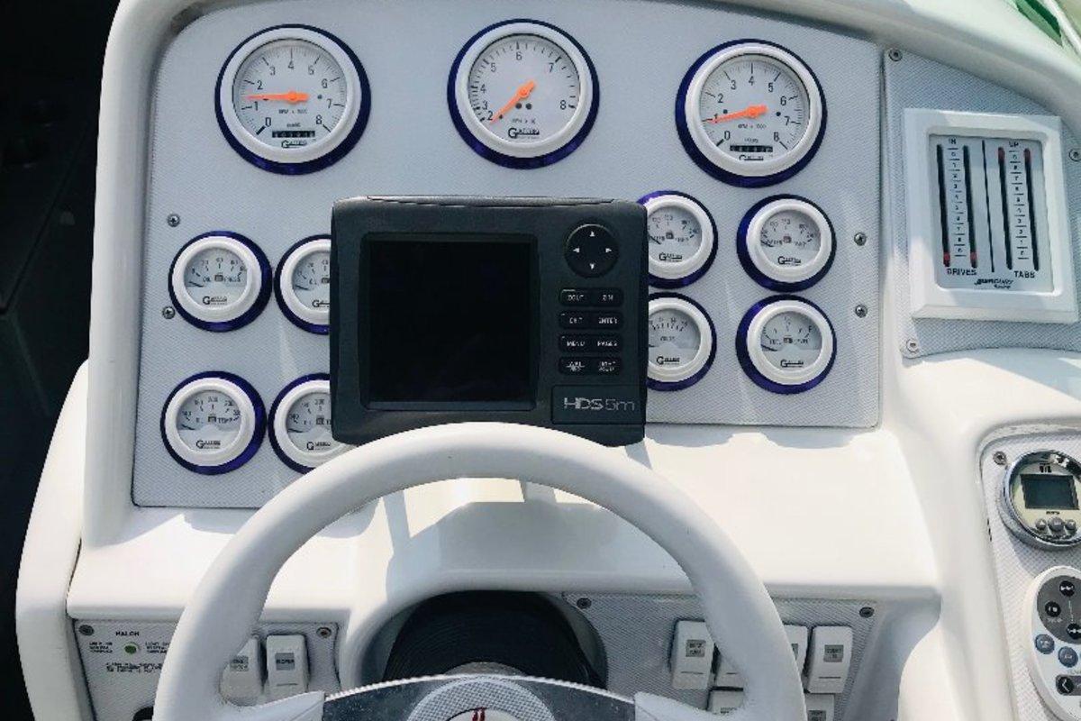 2003 Formula 382 Fastech, 6