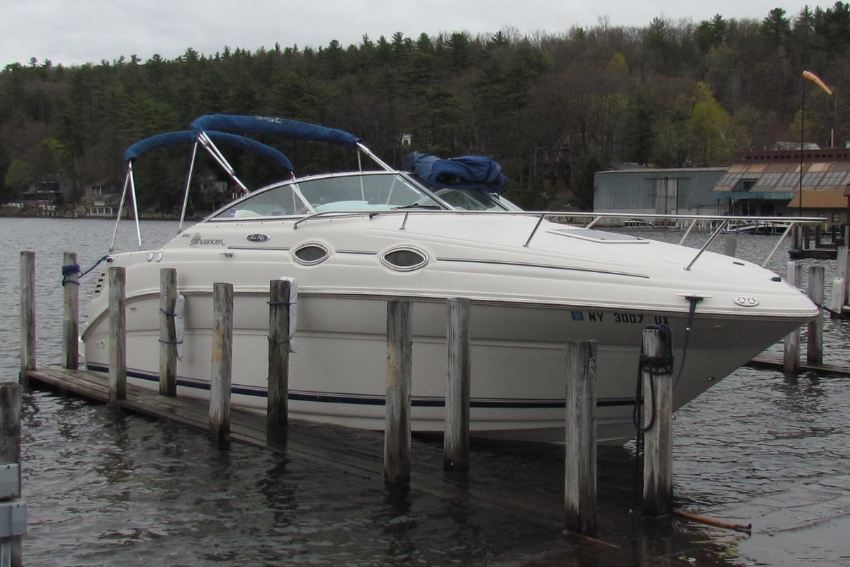 2001 Sea Ray 240 Sundancer, 1