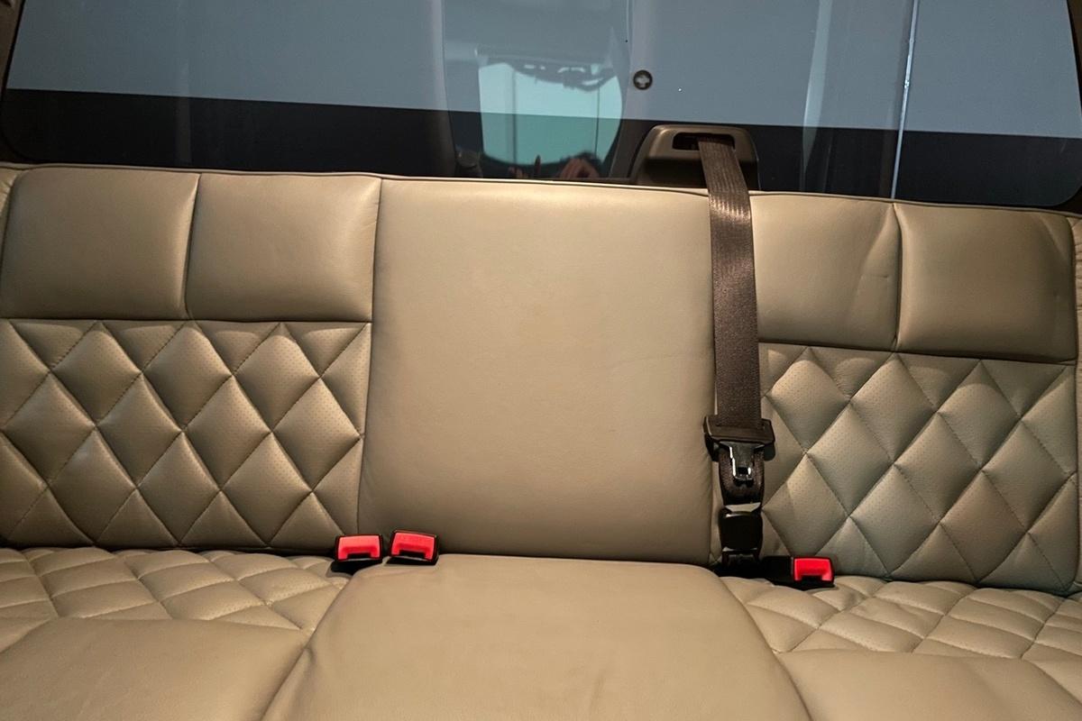 2013 FORD F650 CREW CAB 4X4 DUALLY CUSTOM, 7