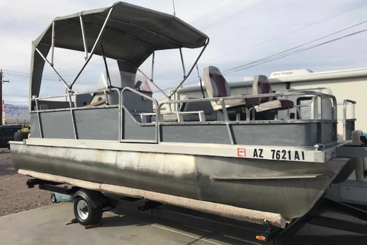 1988 Lowe Model 180 Pontoon, 0