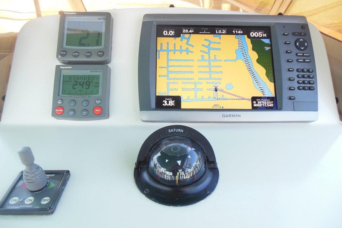 2001 Mainship Pilot 34, 7