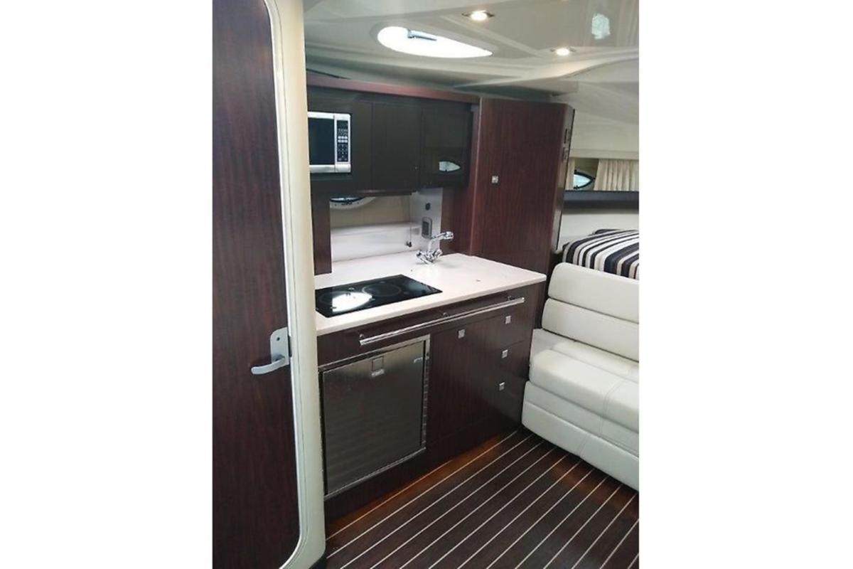 2014 Monterey 320 Sprot Yacht, 7