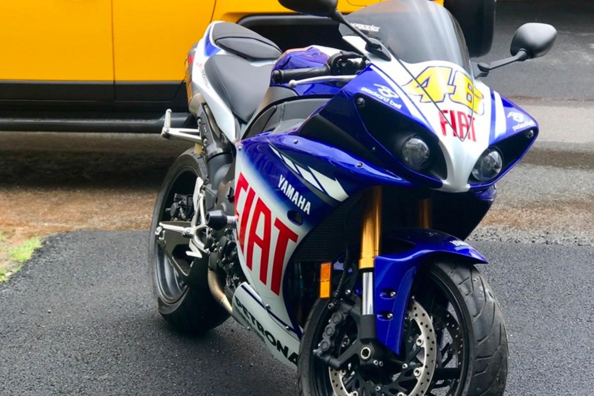 2010 Yamaha Yzf-r1 LE, 10