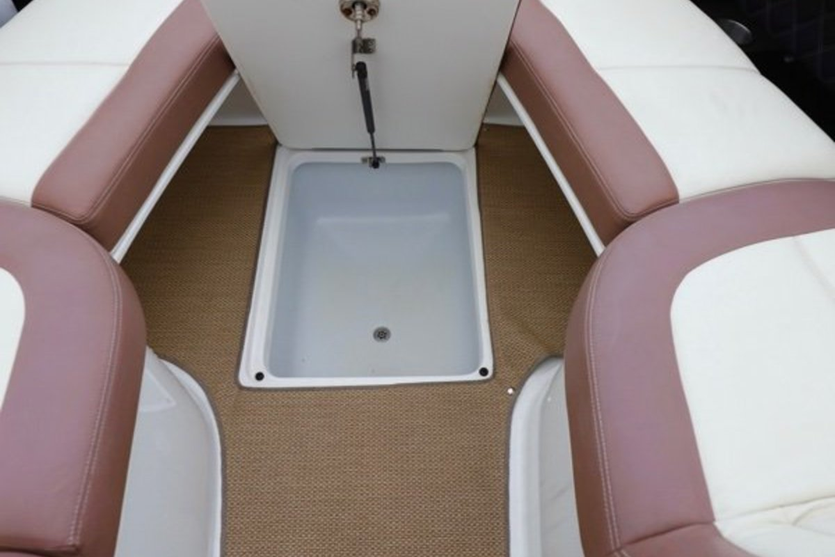 2013 Cobalt Boats 302 w/twin 380 hp Volvos with joystick and hardtop, 17