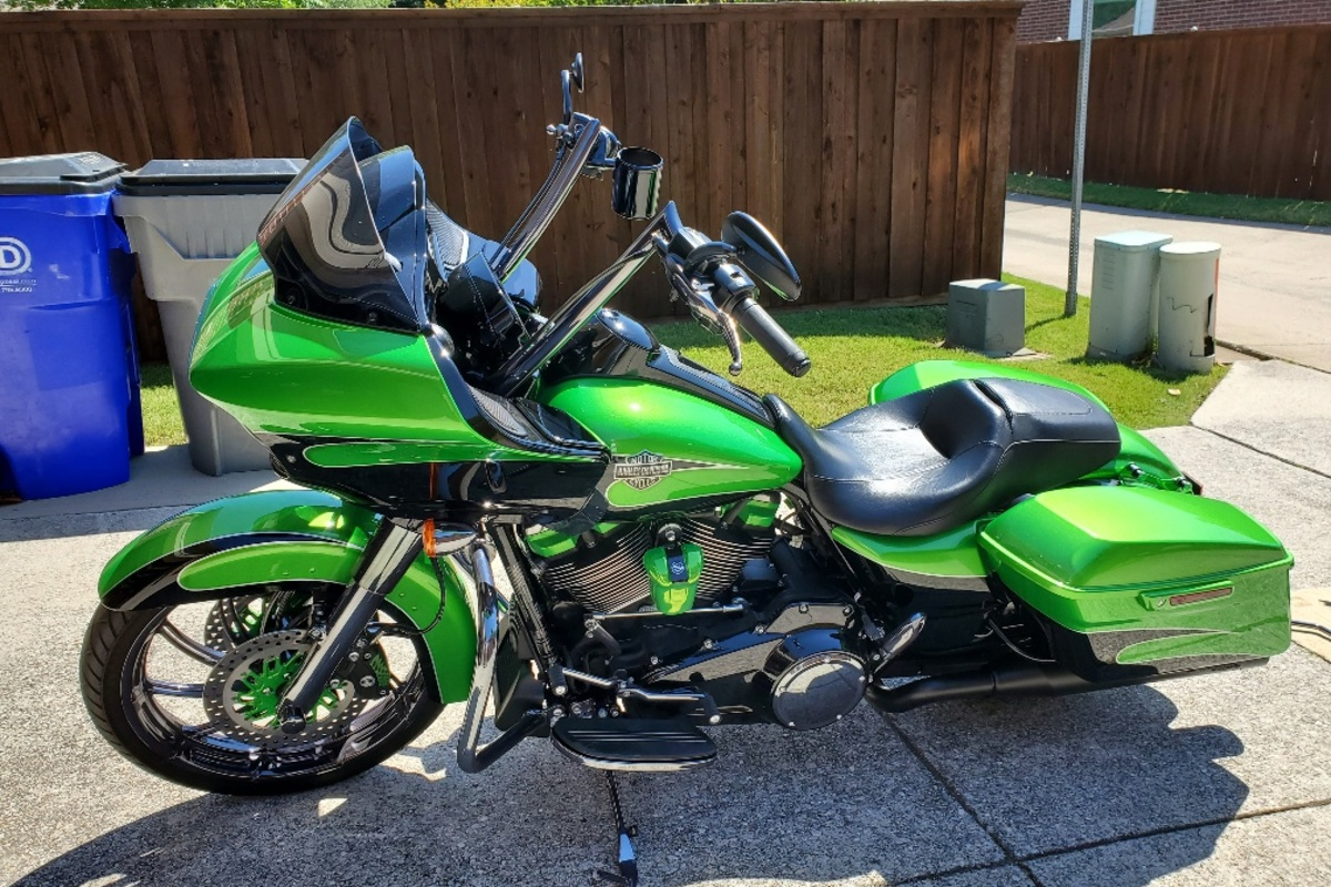 2017 Harley Davidson Road Glide Custom, 20