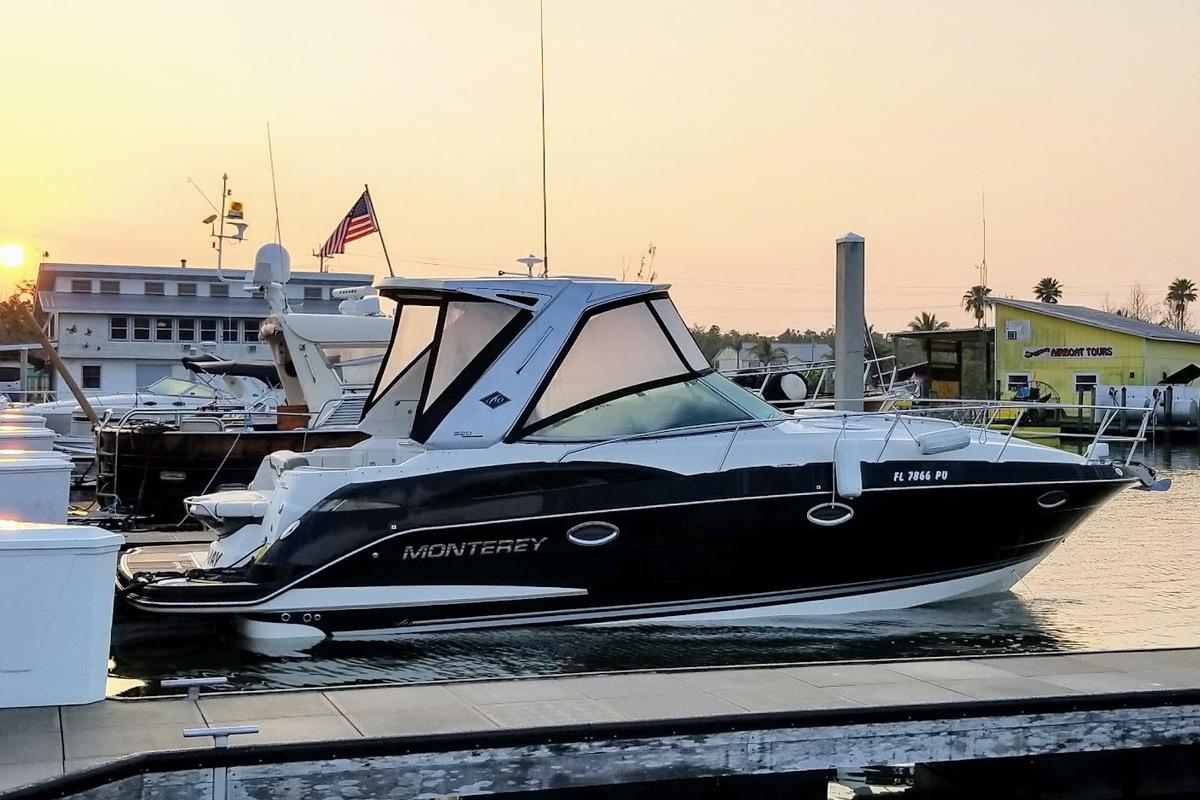 2014 Monterey 320 Sprot Yacht, 0