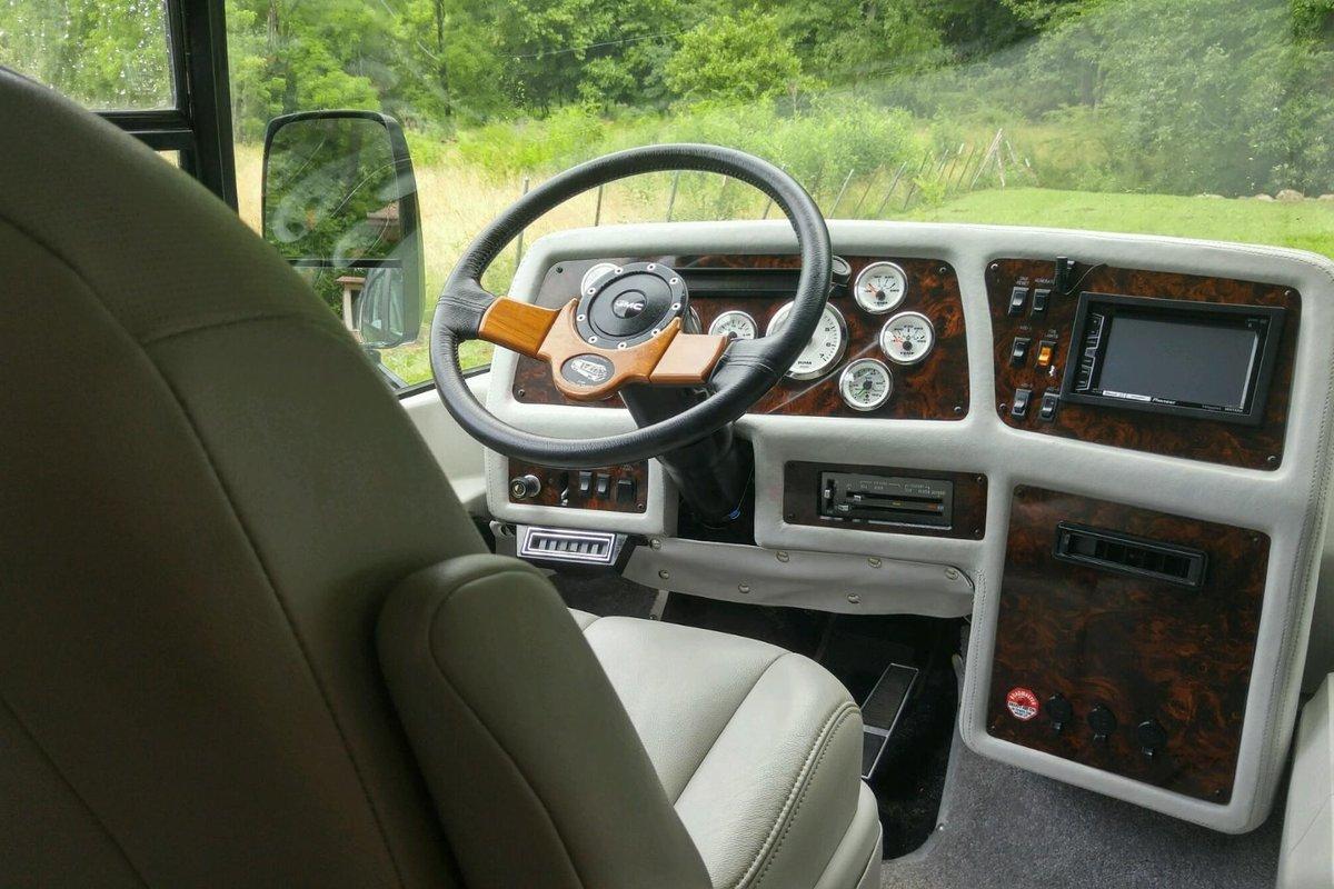 1978 GMC Motorhome, 17