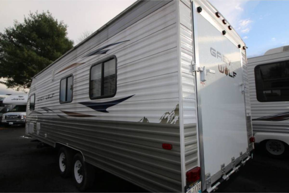 2013 Forest River Cherokee Gray Wolf 21RR, 4