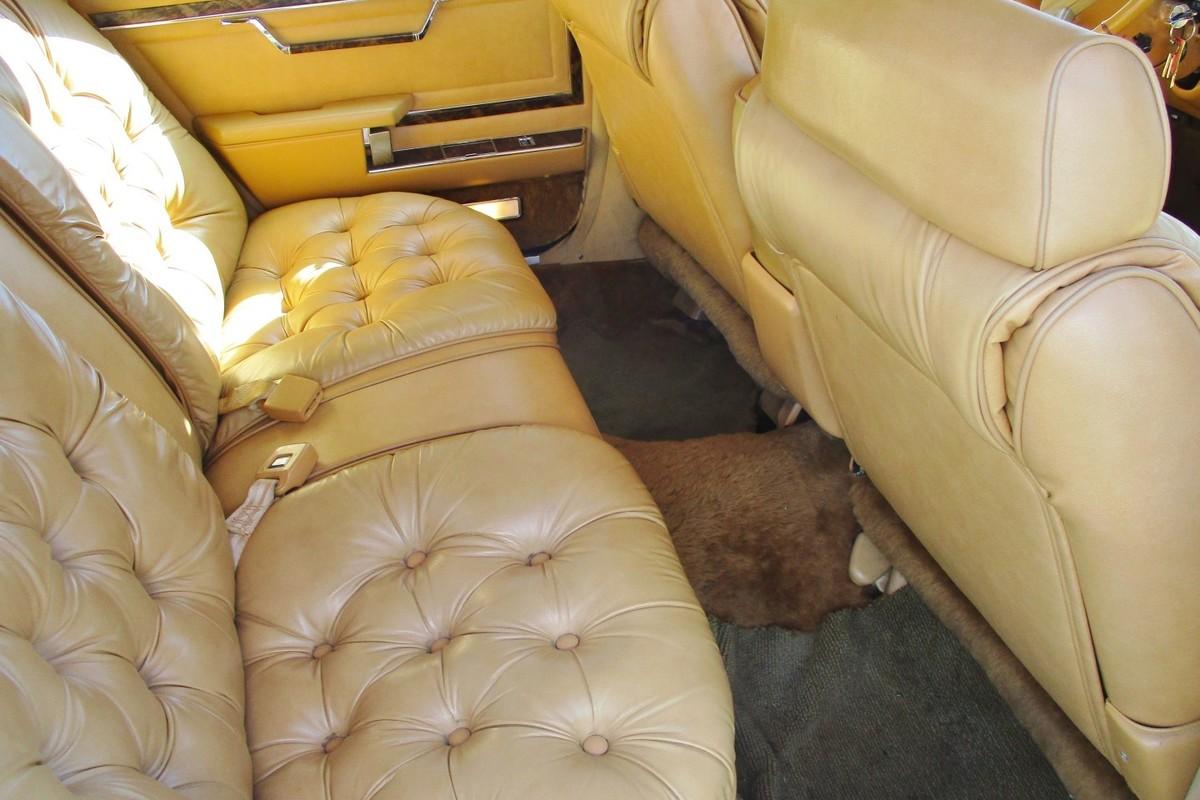 1985 Chrysler Fifth Avenue 4 Door, 3