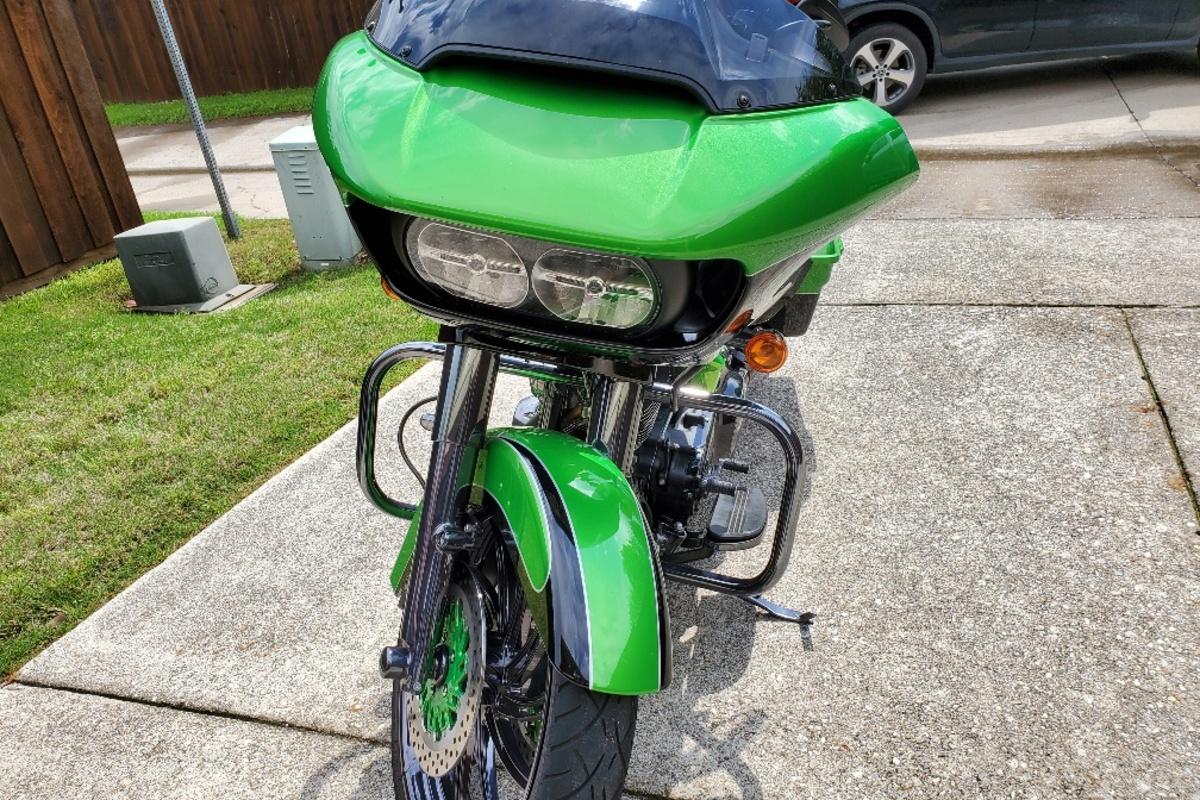 2017 Harley Davidson Road Glide Custom, 12