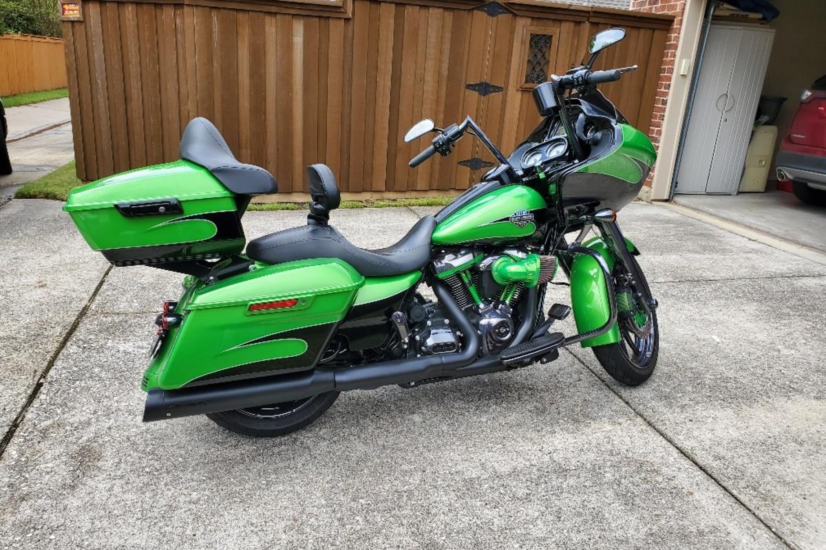 2017 Harley Davidson Road Glide Custom, 0