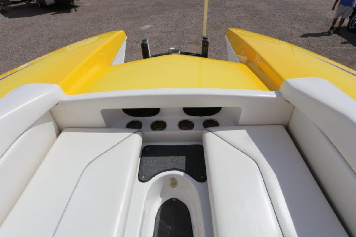 2006 Magic Powerboats Scepter, 33