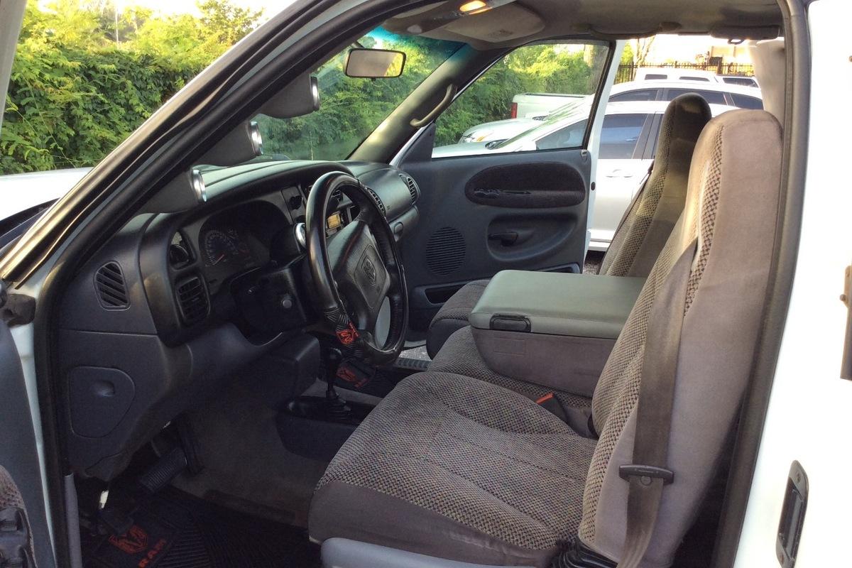 1999 Ram 3500 pickup, 9