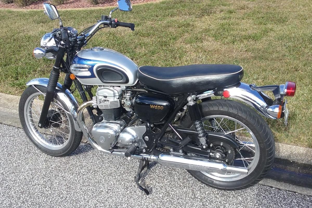 2000 Kawasaki W650, 3