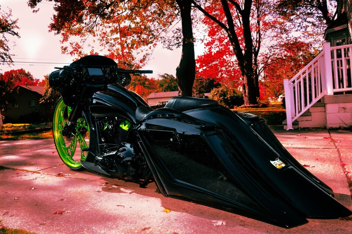 "2011 Custom 30"" Harley Davidson Electra Glide Ultra Limited Electra Glide Ultra Limited., 21"