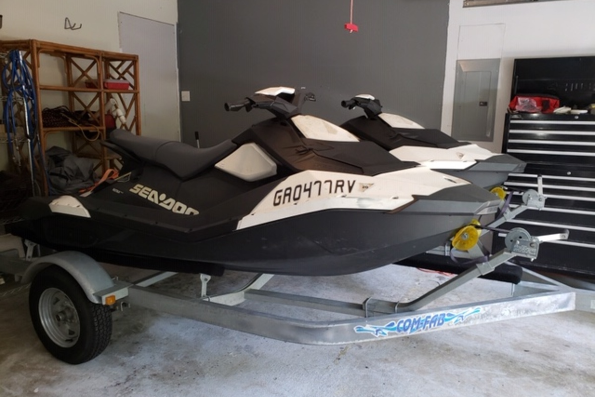 2017 seadoo SPARK3UP900HO/1BRCONV, 1