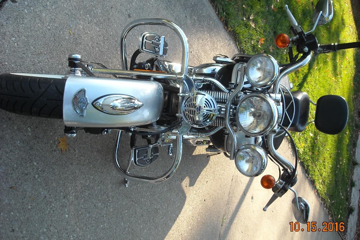 2003 Harley Davidson FLSTSI, 4