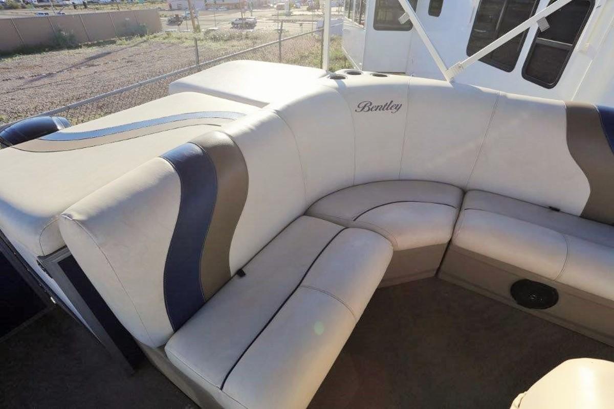 2015 Bentley Cruise SE 240, 18