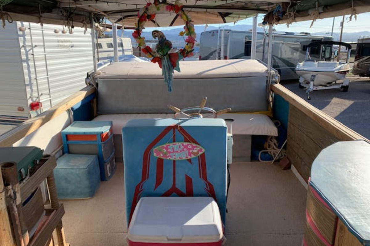 1970 Starcraft Marine Party Barge, 9