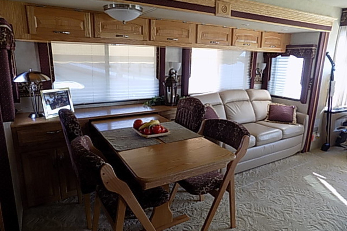 2006 Newmar Kountry Star 3910, 18
