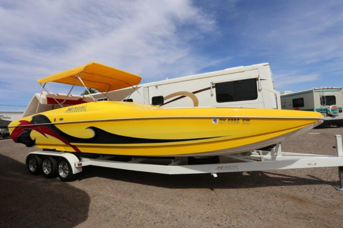 2006 Magic Powerboats Scepter, 3