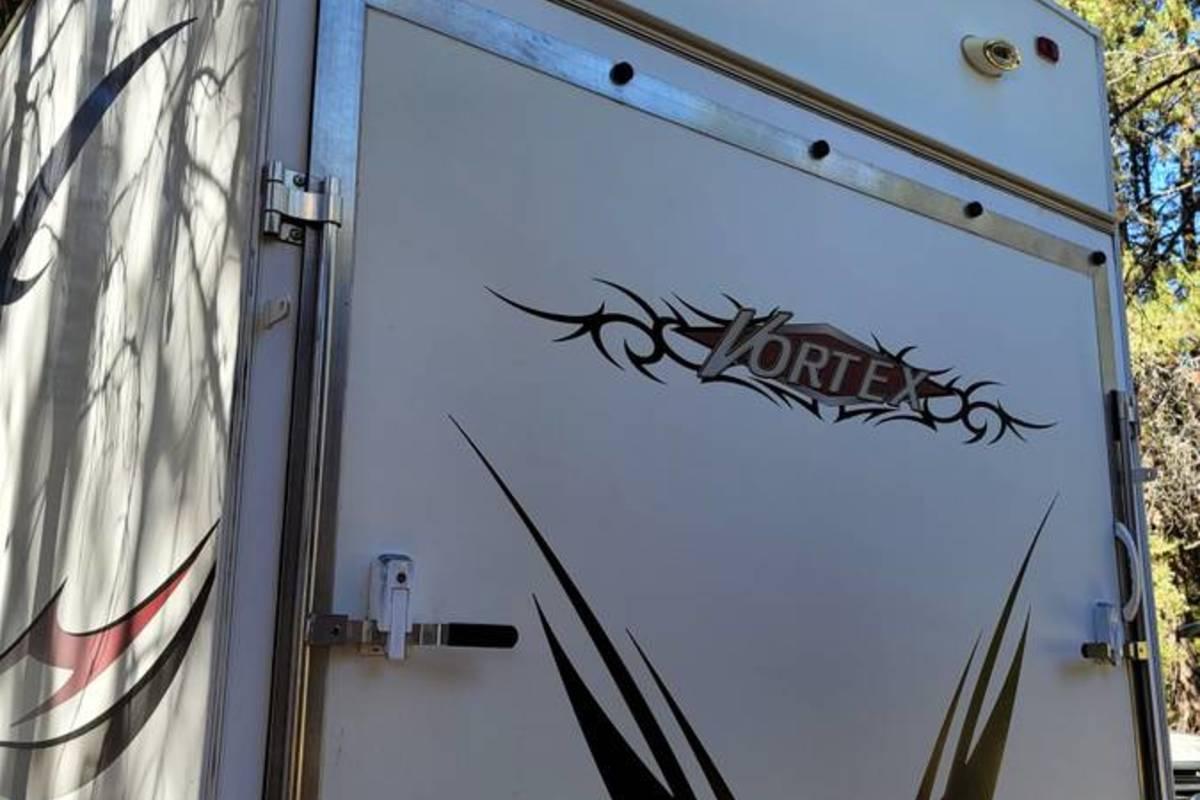2007 Thor Vortex 3950gws Toy hauler, 6