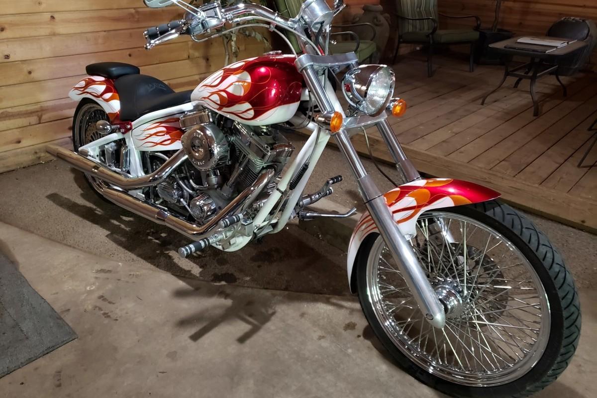 2005 Saxon Sceptre, 1