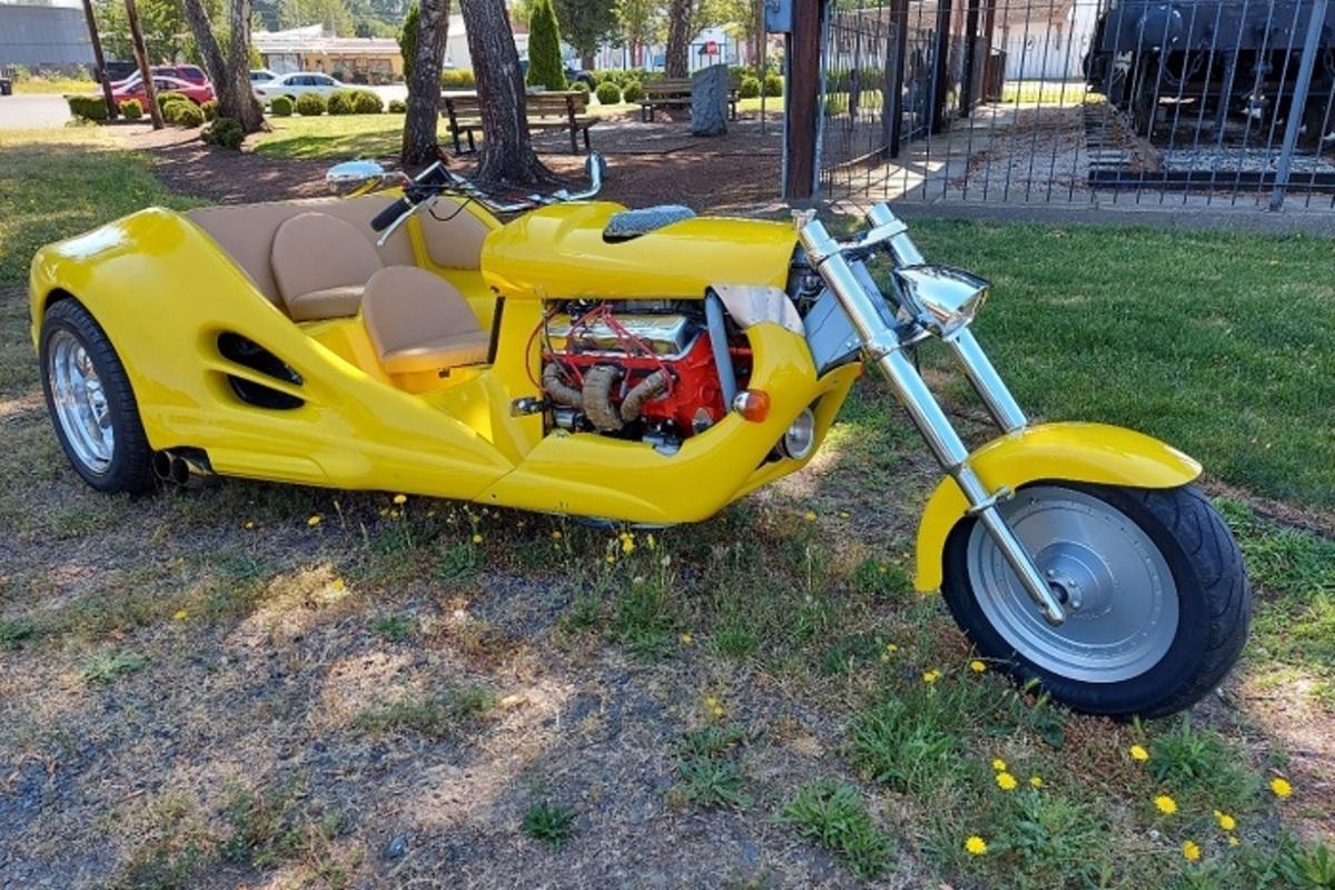2021 Custom Trike V8 Trike, 1