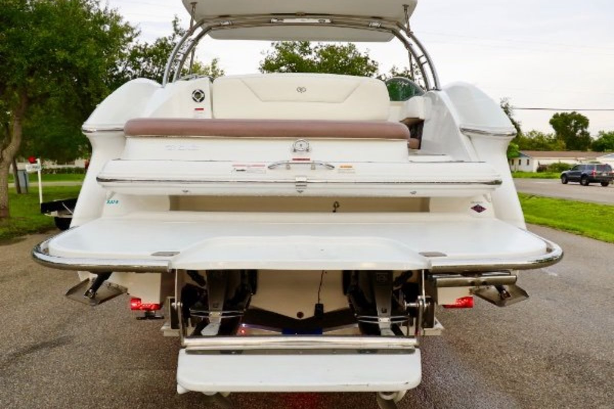 2013 Cobalt Boats 302 w/twin 380 hp Volvos with joystick and hardtop, 13