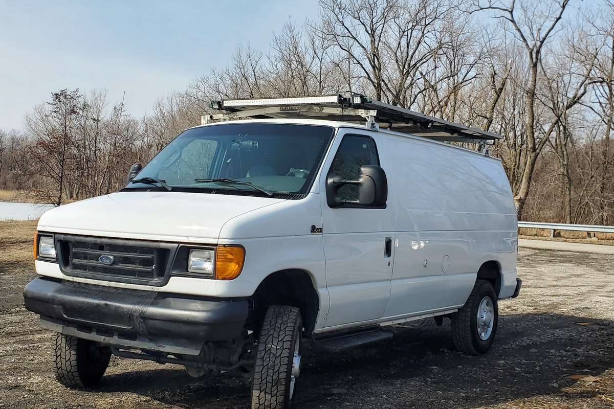 2007 Quigley 4x4 Ford E250 Stealth Camper Van Quigley 4x4 Ford E250  Stealth Camper Van, 0