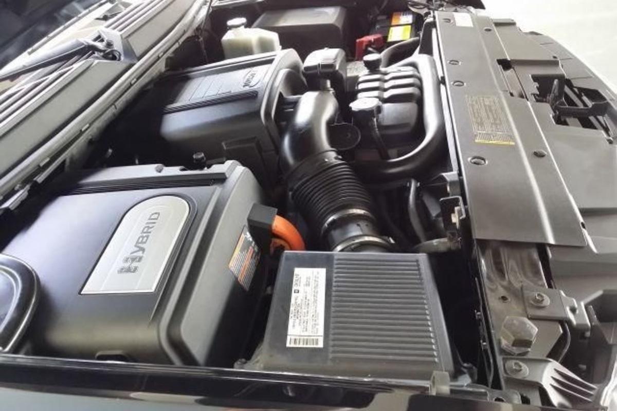 2008 Chevrolet Tahoe Hybrid Sport Utility 4-Door, 10
