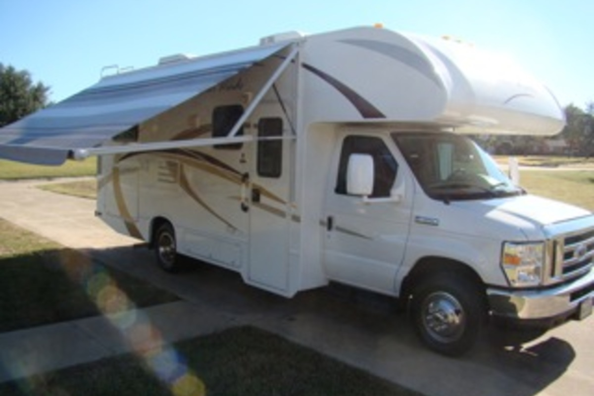 2013 Thor Four Winds 24C, 10